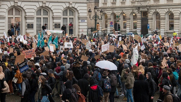 Editorial: Will European Politicians Catch Up with their Future Voters on Climate March?